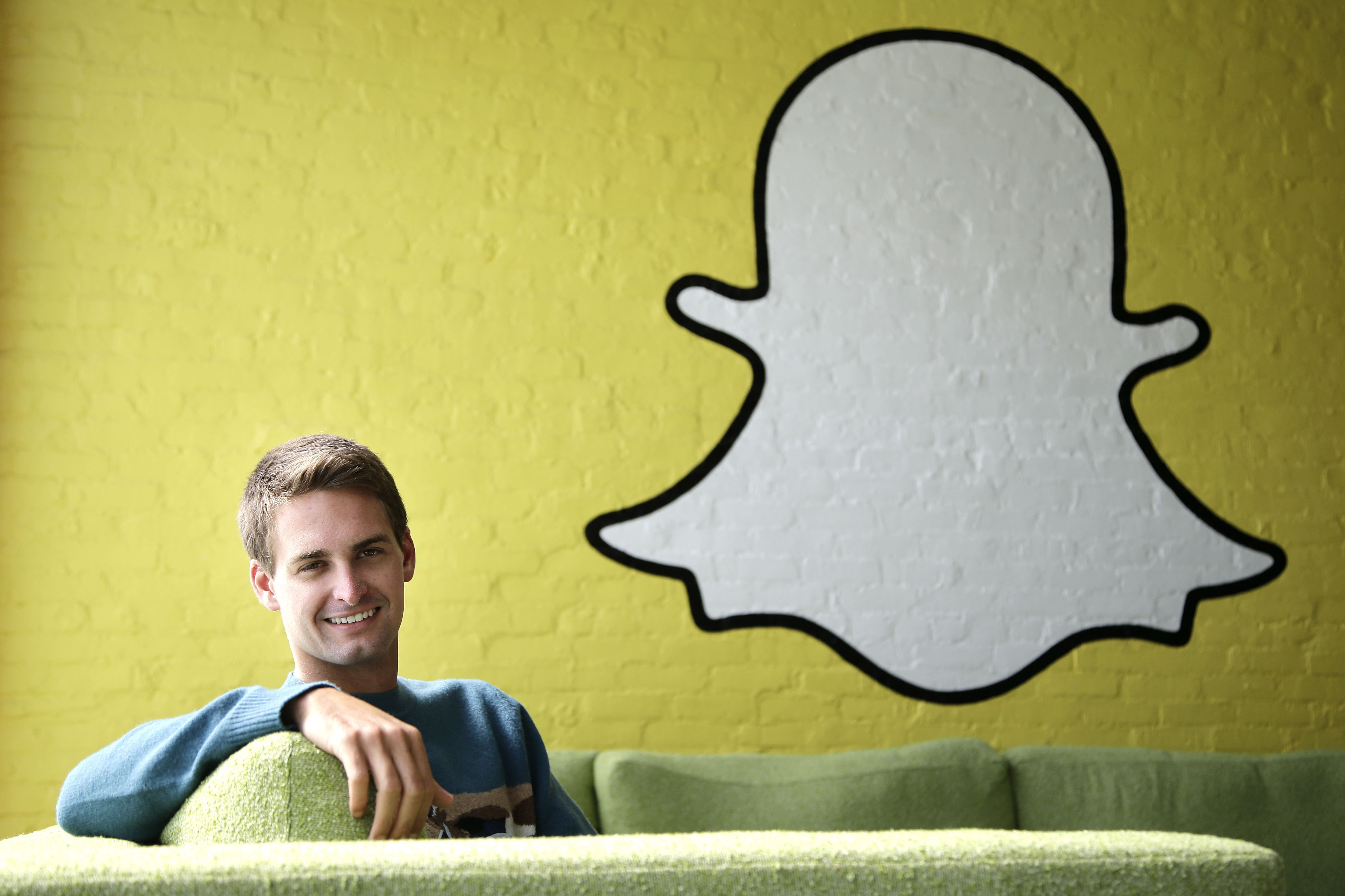 Snapchat's Parent Company Sets IPO Price