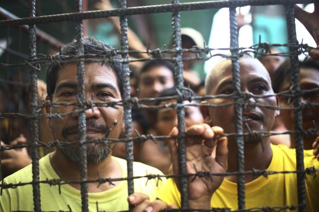Inmates Escape in Philippines Prison Break