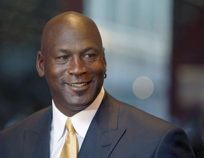Michael Jordan donates $7 million for medical clinics in Charlotte