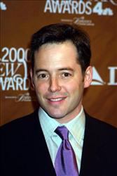 382833 03: Actor Matthew Broderick attends The Fifth Annual New York Awards December 4, 2000 at Saturday Night Live Studio 8H at Rockefeller Center in New York City.