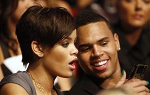 Rihanna and Chris Brown at the 2008 MTV Movie Awards.