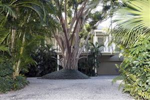 A home belonging to disgraced investment guru Bernard Madoff and his wife, Ruth Bernard Madoff, in Palm Beach, Fla.