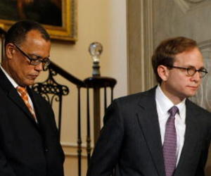 Members of President Obama's auto task force, including task force leader Steve Rattner, right, leave a news conference about Chrysler's bankruptcy at the White House, April 30, 2009.