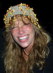 Singer/songwriter Carly Simon attends a rainy openning night of 'The Seagull' August 12, 2001 at the Delacorte Theatre in New York City''s Central Park.