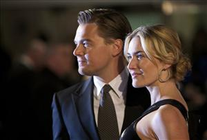 Kate Winslet and Leonardo DiCaprio arrive on the red carpet for the European premiere of Revolutionary Road, at a central London cinema, Sunday, Jan. 18, 2009.