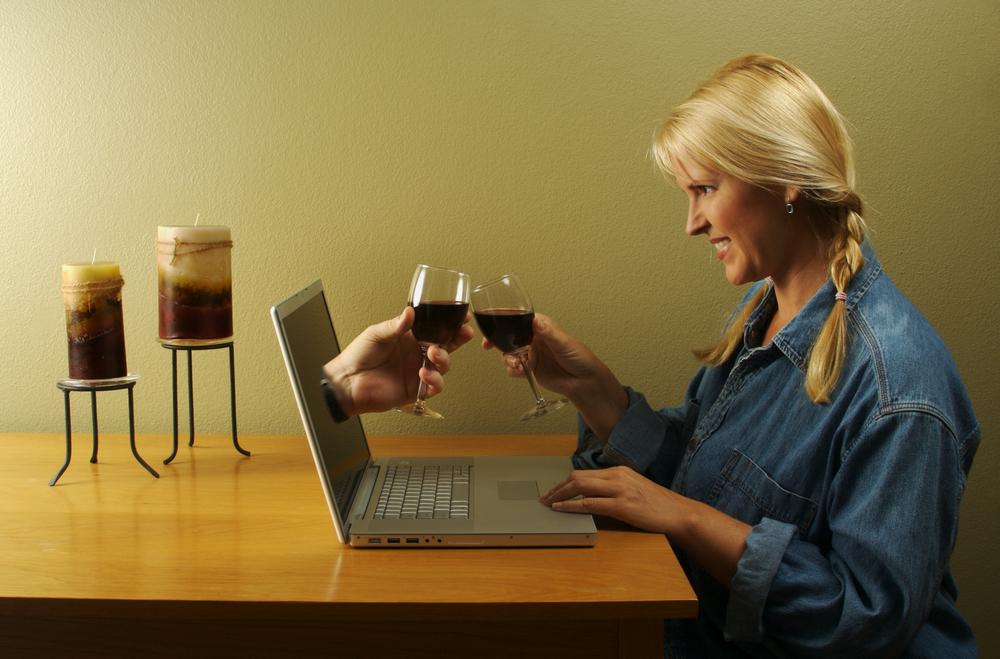 znakomstva-v-internete-opasnost-ili-novie-vozmozhnosti