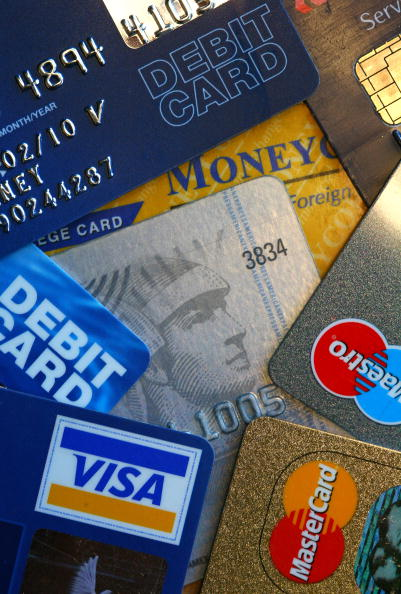 credit cards essays View homework help - credit and debit cards vs cash from badm 201 at claflin university comparison/contrast essay engl 102 20 march 2014 credit and debit cards vs cash as a student in college.