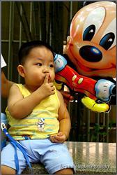 shhhh.....I saw Mickey beside me
