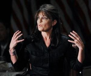 Former Alaska governor and Republican vice president candidate Sarah Palin speaks at the Long Island Association's annual meeting February 17, 2011 in Woodbury, New York.