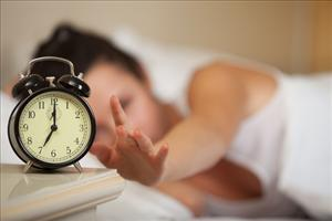 Early risers tend to be less stressed, a new study shows.