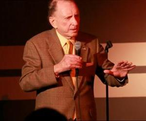 Arlen Specter is seen in this screenshot from a Philadelphia Inquirer video of his set.