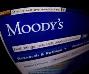 This picture taken on January 17, 2012 in Paris shows a close-up of the opening page of the ratings agency Moody's website.