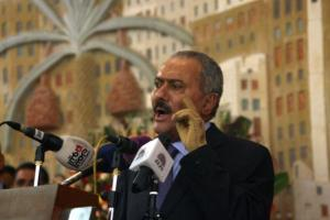 Yemen's former president Ali Abdullah Saleh addresses a ceremony at the presidential palace, formally handing power to Abdrabuh Mansur Hadi in the Yemeni capital Sanaa, on February 27, 2012.