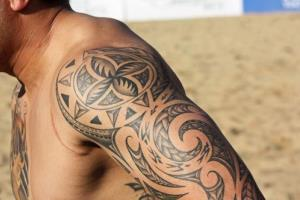 Vibrating tattoos in the future could tell us our cell phones are ringing, says Nokia.