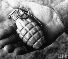 Pineapple Grenade 1938