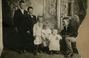 George Romney is fourth from left in this family photo taken in a Mormon colony in Chihuahua, 1908.