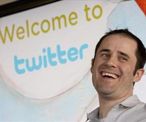 Twitter co-founder and CEO Evan Williams speaks at Twitter headquarters March 10, 2009 in San Francisco, California.