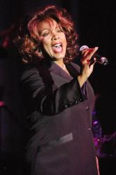Donna Summer performs at the Partnership for Public Service Inaugural Gala at Cipriani's restaurant May 29, 2003 in New York City.