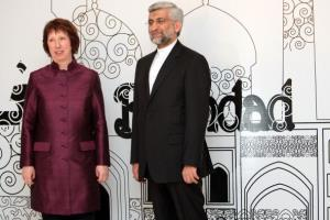 Iran's chief nuclear negotiator and head of Iran's national security council Saeed Jalili poses with European Union's foreign policy chief Catherine Ashton before the meeting.
