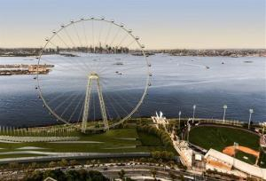 An artist's rendering of a proposed 625-foot-high Ferris wheel destined for Staten Island.