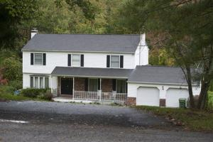 The residence of Alexis Scocozza in New Fairfield, Conn., where the shooting took place.