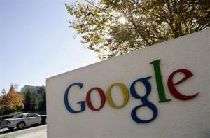 Internet giant Google is issuing warnings to users who may be victims of state-run cyberattacks.