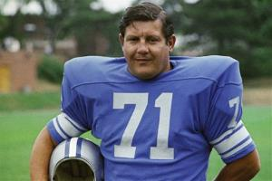 This 1971 file photo shows Detroit Lions' Alex Karras. The Detroit Free Press and Detroit News reported Monday, Oct. 8, 2012, that Karras has kidney failure and has been given only a few days to live.