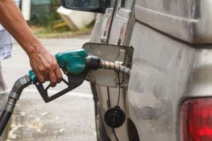 UK scientists have found a way to turn air and water vapor into gasoline.