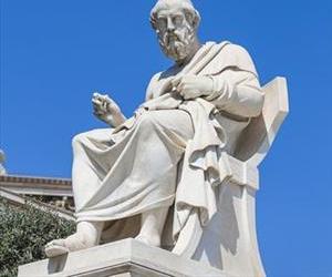 A statue of Plato.