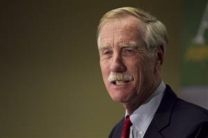 Independent Senator-elect Angus King speaks at a news conference, Wednesday, Nov. 7, 2012, in Freeport, Maine.  King says he's heading to Washington this weekend and could decide as soon as next week, or after Thanksgiving, on which party he'll align himself with.  The former two-term governor overcame challenges from Republican...