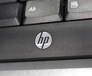 In this Monday, Aug. 20, 2012, photo, a Hewlett Packard keyboard is displayed at a Best Buy store in Mountain View, Calif.