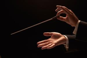 Classical music conductors really do make a difference, a study says.