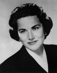 Pauline Phillips is shown in a 1961 photo from Wikimedia Commons.