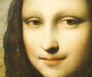 A painting attributed to Leonardo da Vinci representing Mona Lisa, is displayed during a presentation in Geneva, Switzerland, Sept. 27, 2012.