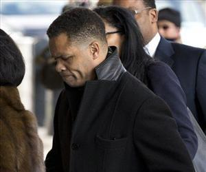 Former Illinois Rep. Jesse Jackson Jr. arrives at the E. Barrett Prettyman Federal Courthouse in Washington, Feb. 20, 2013.