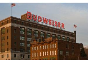 Image of the iconic Budweiser sign at Anheuser-Busch's St. Louis brewery.