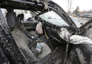 Ththe interior of the SUV that crashed Sunday in Warren, Ohio.