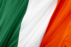 A Florida Irish pub has once again hoisted its flag.