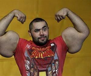 We actually have no idea what kind of political beliefs Egyptian bodybuilder Moustafa Ismail, pictured here, holds. But you would be hard pressed to find somebody with bigger biceps.