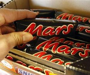 Chocolate bars from Mars are pictured in a store in Gelsenkirchen, Germany, in this Feb. 11, 2008 file photo.