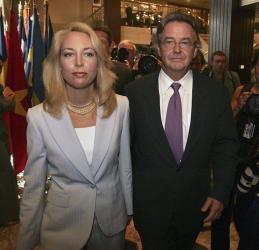 Former CIA officer Valerie Plame, left, and her husband, former ambassador Joseph Wilson.