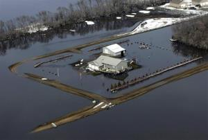 Flooding from the Red River south of Fargo, N.D., in 2009. FEMA's soon-to-be-released flood maps for North Dakota don't include data from this flood or other huge floods in 1997 and 2011.