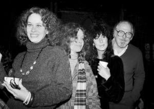 In this Dec. 29, 1981 file photo, director Robert Altman, right, poses with actresses, from left, Karen Black, Sandy Dennis and Cher in New York City.