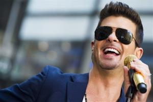 Robin Thicke performs on NBC's Today show on Tuesday, July 30, 2013 in New York.