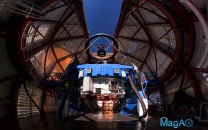 The Magellan Telescope with MagAO's Adaptive Secondary Mirror mounted at the top.