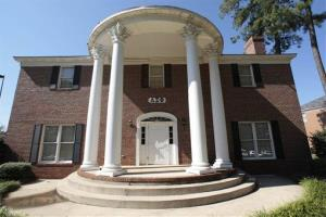 The Lambda Sigma Phi fraternity on the campus of the University of Alabama in Tuscaloosa, Ala., is pictured Saturday, Oct. 18, 2008.