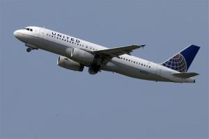 A United Airlines jet takes off from Pittsburgh International Airport.
