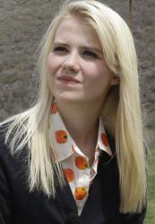 In this May 7, 2013, file photo, Elizabeth Smart talks with a reporter before an interview in Park City, Utah.
