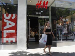 Elaine Pasquini leaves an H&M store on the Thirrd Street Promenade in Santa Monica, Calif., on Monday, July 13, 2009.