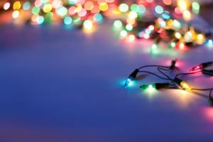 An Orange County neighborhood has been told to remove its Christmas lights for safety reasons.
